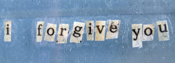 5 Steps to Forgive Yourself And Move Forward In Life